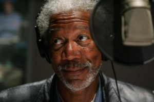 narrator-morgan-freeman-photo-credit-alex-berliner-2005-warner-bros-entertainment-inc-23-960x640